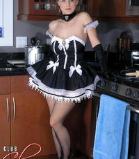 Making out with the maid. This hot maid really knows how to keep