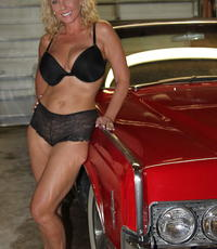 Classic car slut. Slut gets fisted in a classic car